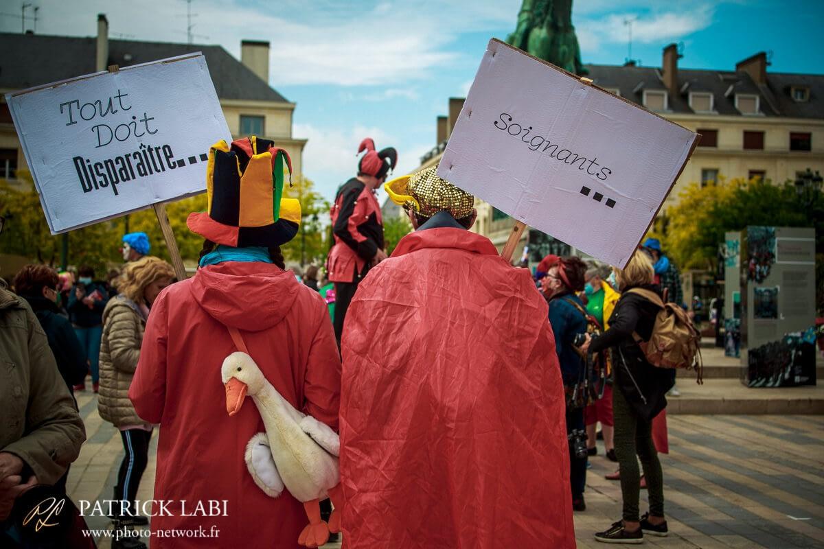 Manifestation du 15 Mai 2021 à Orléans- l'art met des couleurs